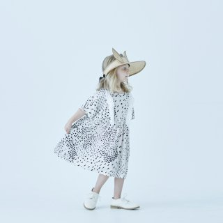 <img class='new_mark_img1' src='https://img.shop-pro.jp/img/new/icons14.gif' style='border:none;display:inline;margin:0px;padding:0px;width:auto;' />eLfin Folk  QiLin one piece dress / white