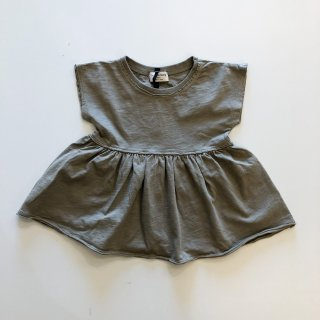 <img class='new_mark_img1' src='https://img.shop-pro.jp/img/new/icons20.gif' style='border:none;display:inline;margin:0px;padding:0px;width:auto;' />1+in the family  / blouse SARA / KHAKI  18m last one! 30%OFF