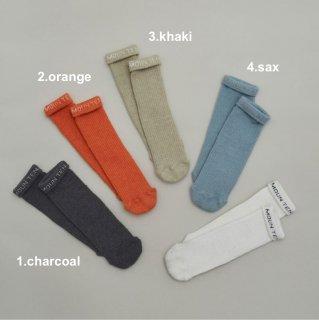 <img class='new_mark_img1' src='https://img.shop-pro.jp/img/new/icons14.gif' style='border:none;display:inline;margin:0px;padding:0px;width:auto;' />MOUN TEN.    Logo tube socks
