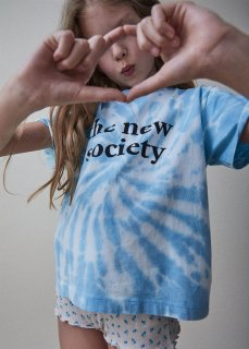 <img class='new_mark_img1' src='https://img.shop-pro.jp/img/new/icons20.gif' style='border:none;display:inline;margin:0px;padding:0px;width:auto;' />the new society  THE NEW SOCIETY  TEE  / DEEP BLUE 30%OFF  3y last one!