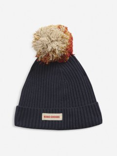 <img class='new_mark_img1' src='https://img.shop-pro.jp/img/new/icons14.gif' style='border:none;display:inline;margin:0px;padding:0px;width:auto;' />BOBO CHOSES  Multicolor Pompom knitted beanie