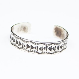 BEAR PAW BANGLE