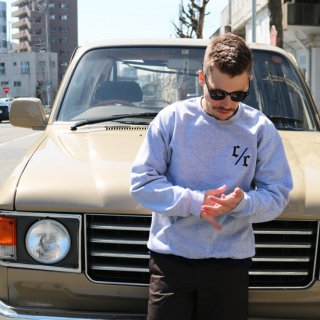 CREW NECK SWEAT<img class='new_mark_img2' src='https://img.shop-pro.jp/img/new/icons58.gif' style='border:none;display:inline;margin:0px;padding:0px;width:auto;' />