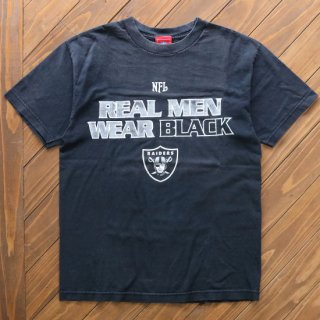 NFL RAIDERS REAL MEN WEAR TEE<img class='new_mark_img2' src='https://img.shop-pro.jp/img/new/icons5.gif' style='border:none;display:inline;margin:0px;padding:0px;width:auto;' />