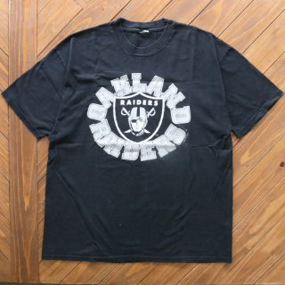 90s OAKLAND RAIDERS TEE<img class='new_mark_img2' src='https://img.shop-pro.jp/img/new/icons5.gif' style='border:none;display:inline;margin:0px;padding:0px;width:auto;' />