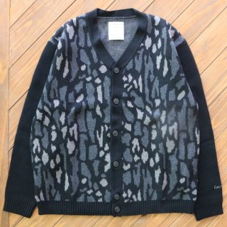 CAMO CARDIGAN <img class='new_mark_img2' src='https://img.shop-pro.jp/img/new/icons5.gif' style='border:none;display:inline;margin:0px;padding:0px;width:auto;' />