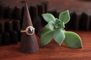 Fancy color rose cut diamond ring