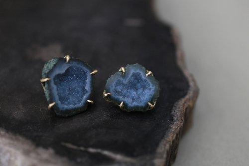 Rough agate earrings