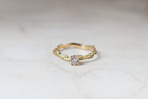 Meguru light brown diamond ring