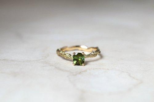 Meguru green tourmaline ring