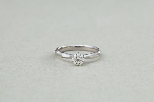 Rough cut ring + 0.35ct diamond / Pt900