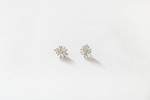 Tubu tubu earrings