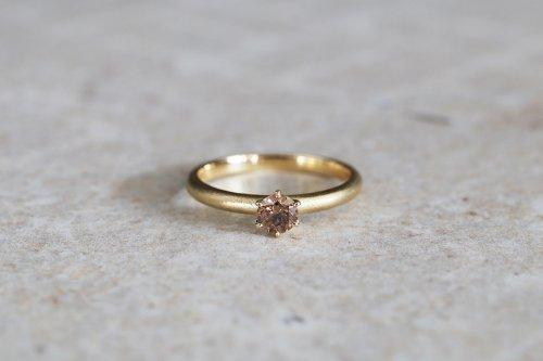 Norme ring + 0.312ct diamond ( cognac brown ) / K18