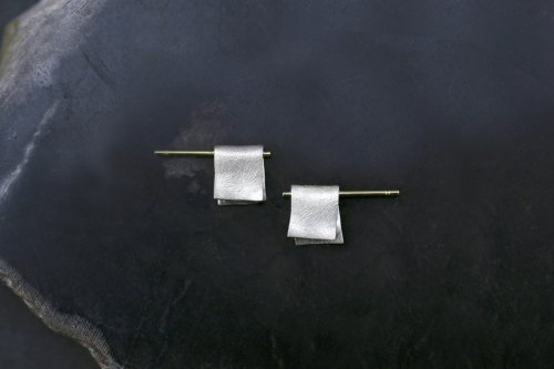 Snug earrings