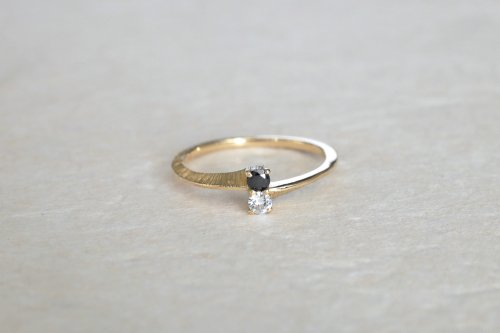 Double stones ring / diamond