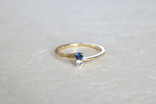 Double stones ring / sapphire