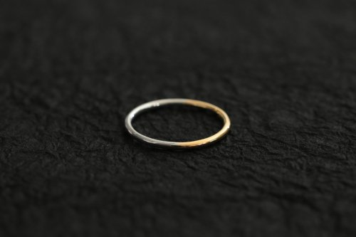 Half gold ring 1.5mm