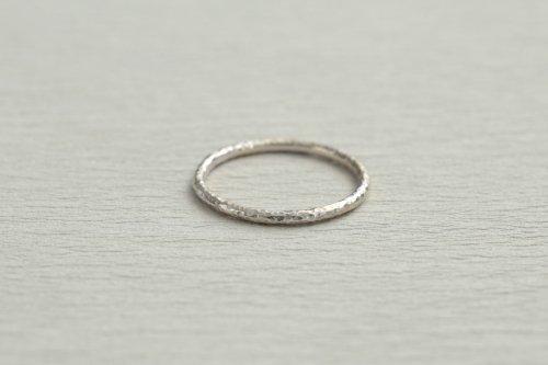 Twig ring 1.5mm / Silver
