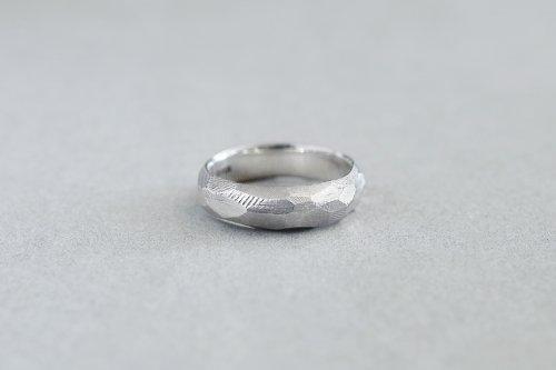 Rough cut ring