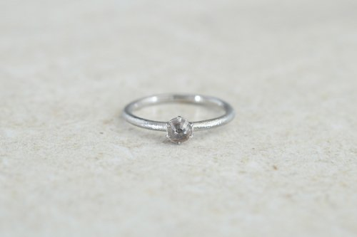 Norme ring + rosecut diamond / gray