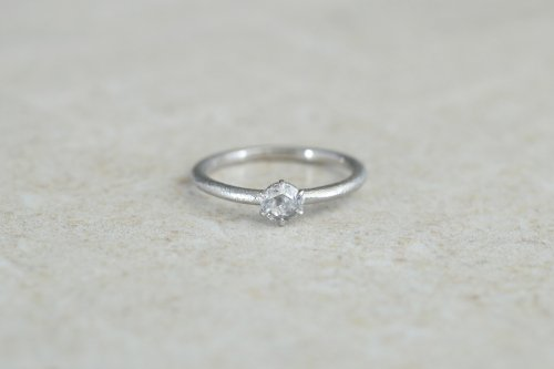 Norme ring + 4mm rosecut diamond / Pt900