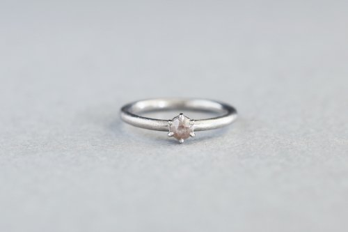Norme rosecut ring +fancy color diamond ( White )