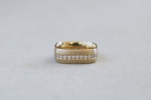 Syami ring ( line )