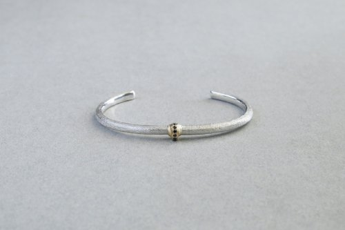 Coat Bangle (diamonds)