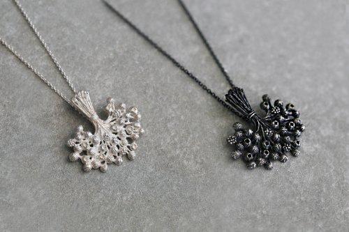 Bouquet necklace 65cm