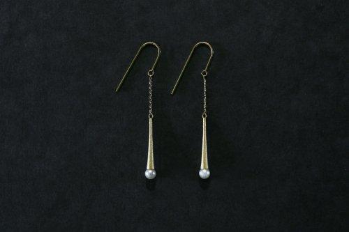 Raindrop pearl earrings / K18