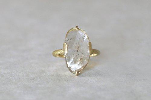 Coat gold rutile quartz ring