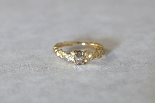 Whisper ring + fancy color diamond