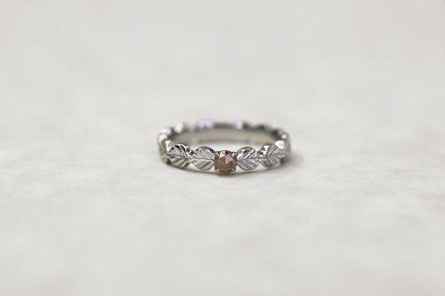 Leaf little ring + rose cut diamond(gray beige) / Pt900