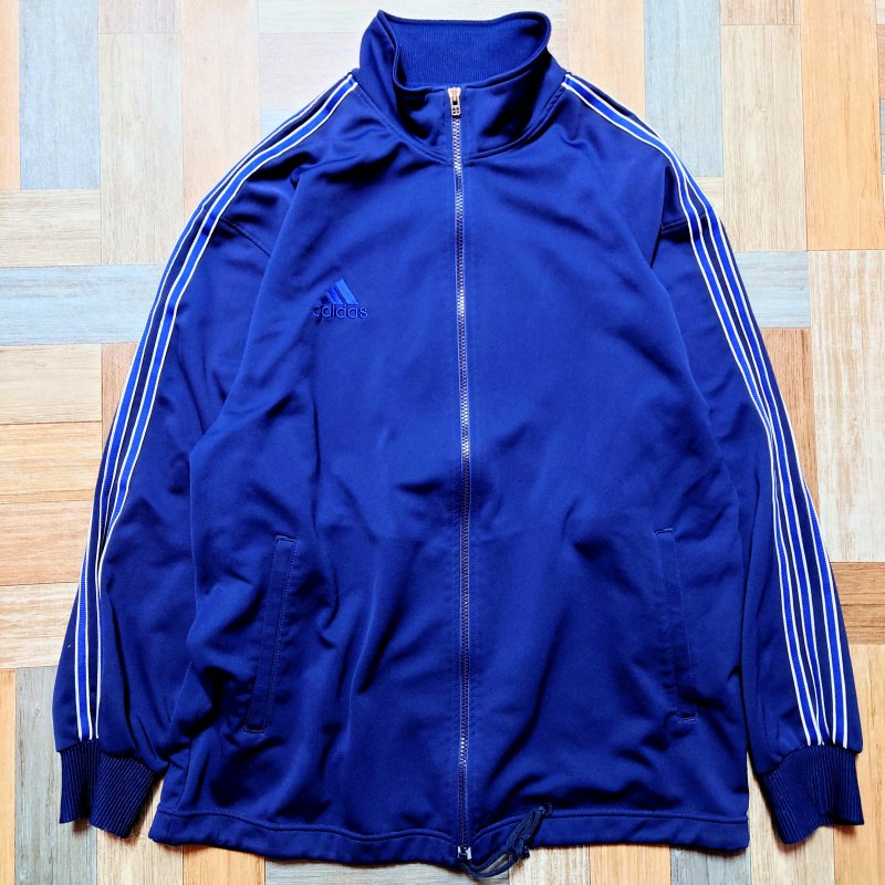 <img class='new_mark_img1' src='https://img.shop-pro.jp/img/new/icons12.gif' style='border:none;display:inline;margin:0px;padding:0px;width:auto;' />90's Vintage adidas トラック ジャージ ネイビー (メンズ古着)