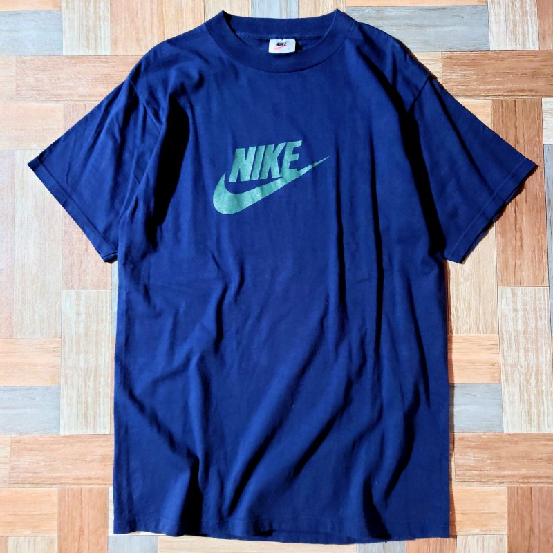 90's Vintage NIKE USA製 ロゴ Tシャツ ネイビー (メンズ古着)