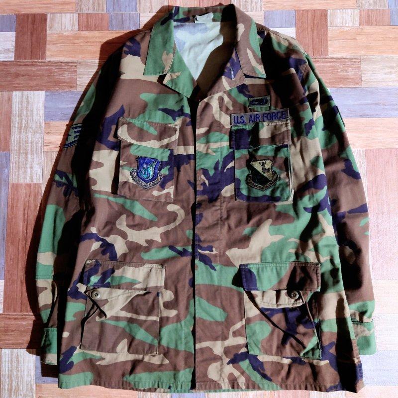 アメリカ軍実物 US AIR FORCE BDU ジャケット ウッドランドカモ (メンズ古着)