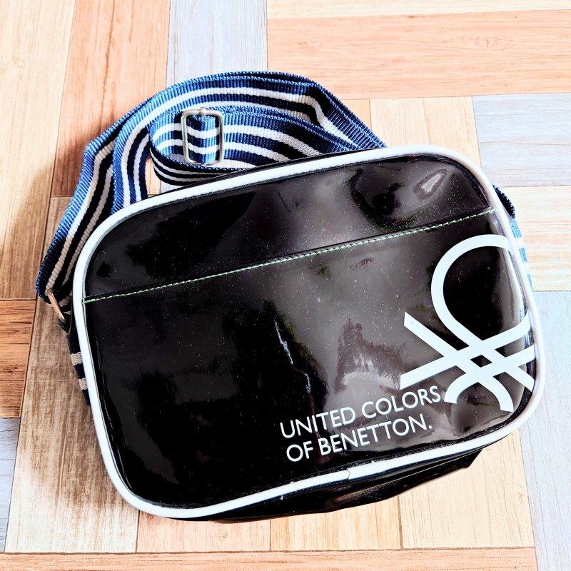 UNITED COLORS OF BENETTON エナメル ミニ ショルダーバッグ ブラック (USED&VINTAGE)