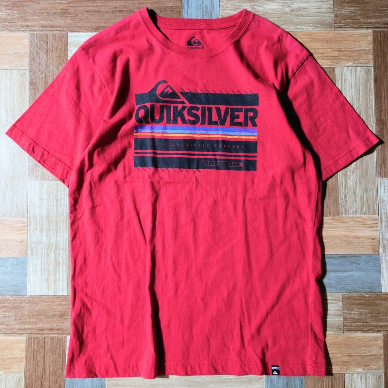 QUIKSILVER ロゴ Tシャツ レッド (メンズ古着)