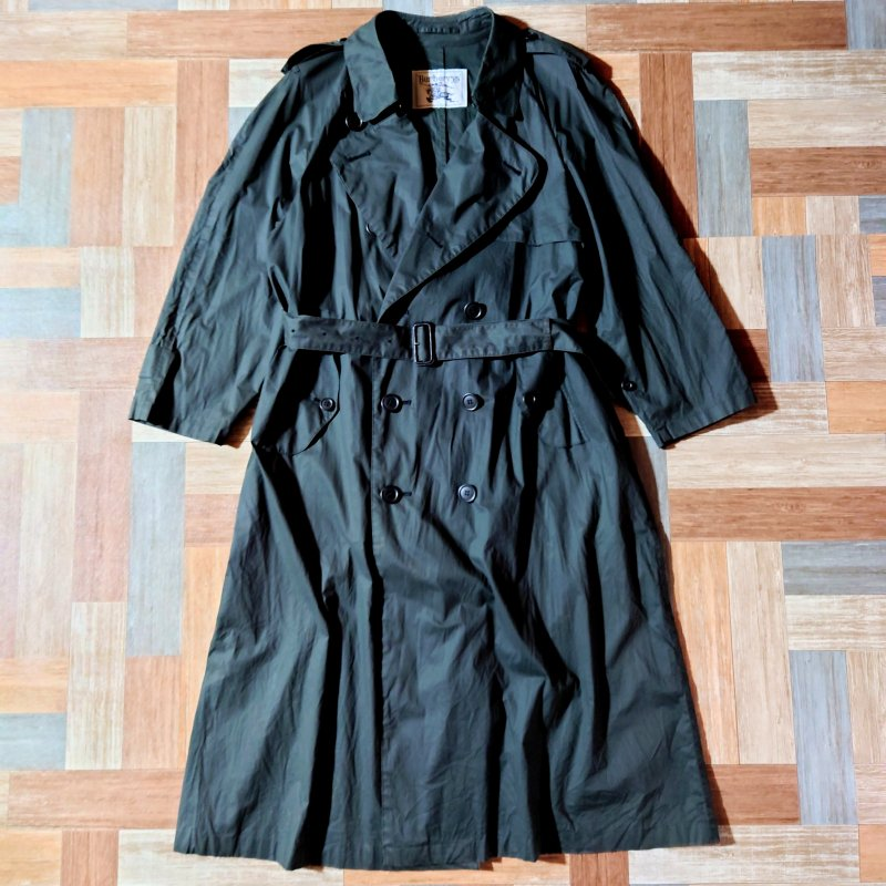 Vintage Burberrys トレンチコート ブラック (レディース古着)