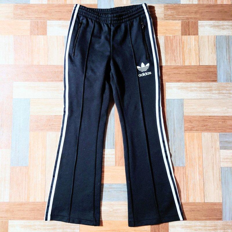 adidas フレア ジャージ パンツ ブラック (レディース古着)