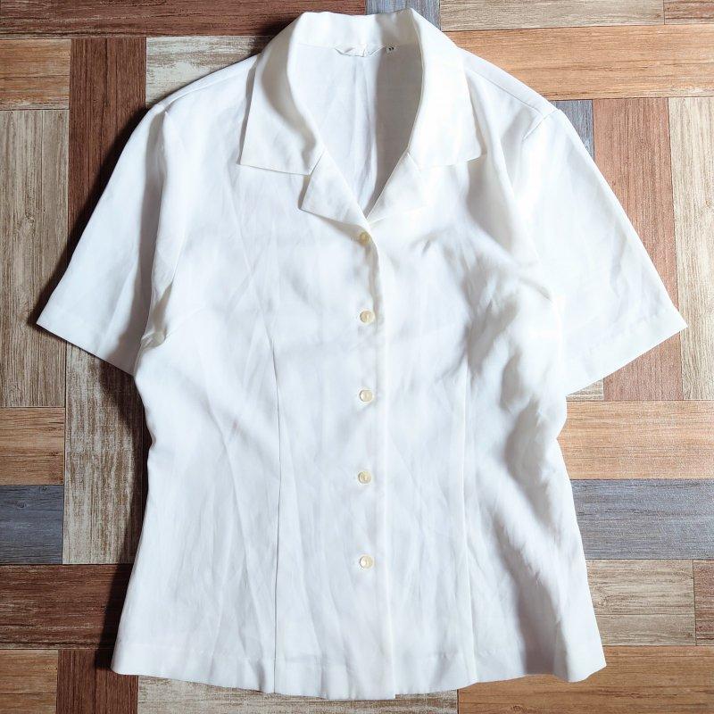 半袖 開襟 ブラウス ホワイト (レディース古着)