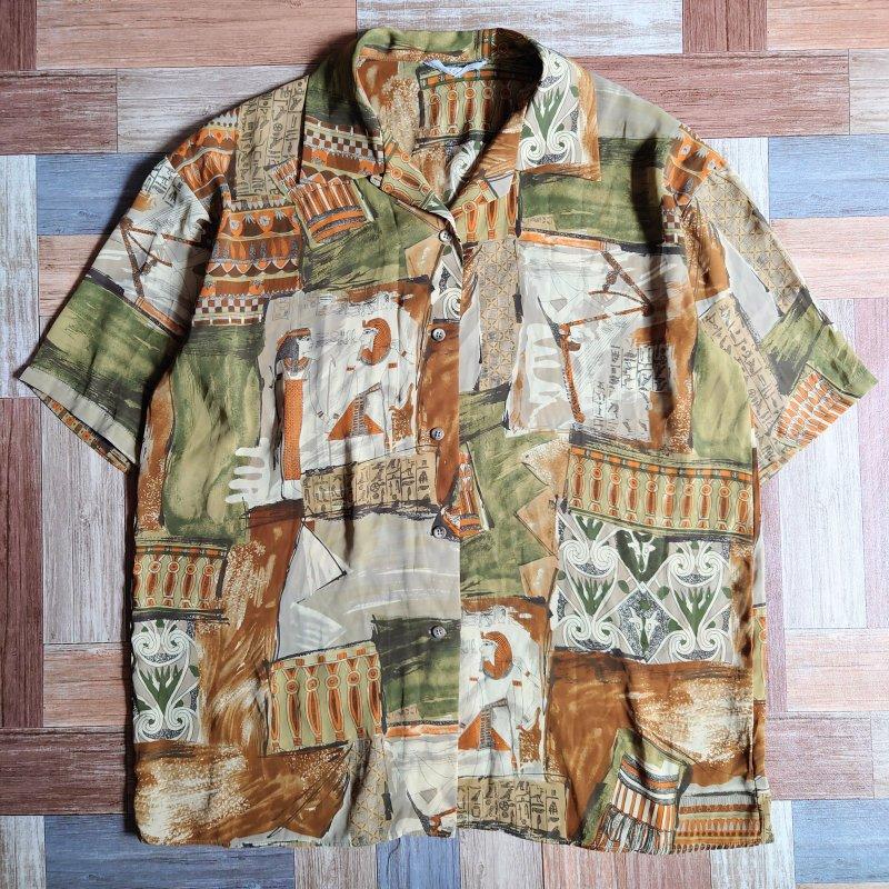 エジプト柄 半袖 開襟 シャツ (レディース古着)