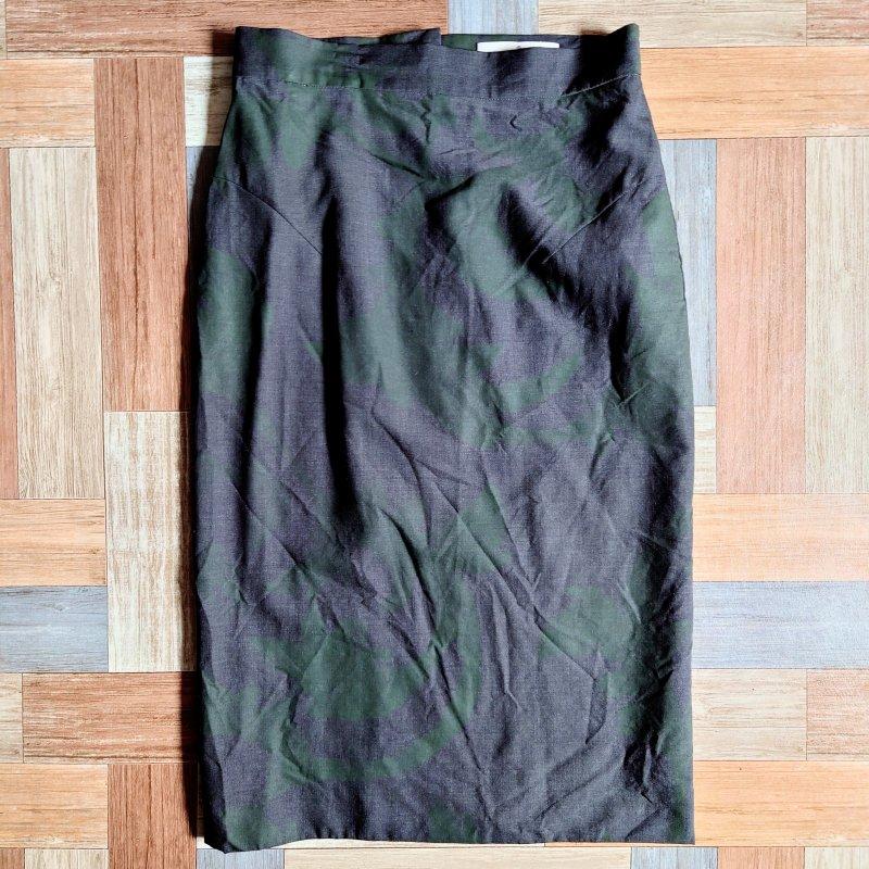 Vivienne Westwood イタリア製 リーフ柄 スカート チャコール (レディース古着)