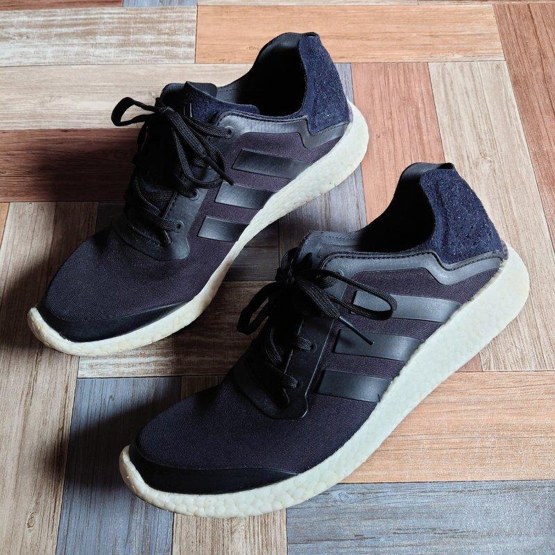 adidas PURE BOOST ブラック×ホワイト (メンズ古着)