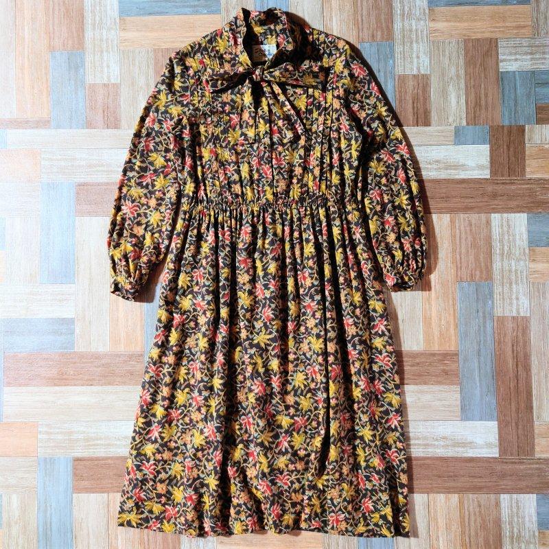 Vintage Belle Cecilia フラワー ワンピース ブラウン (レディース古着)