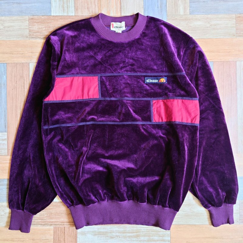 <img class='new_mark_img1' src='https://img.shop-pro.jp/img/new/icons7.gif' style='border:none;display:inline;margin:0px;padding:0px;width:auto;' />90's ellesse ベロア スウェット ワインレッド (レディース古着)