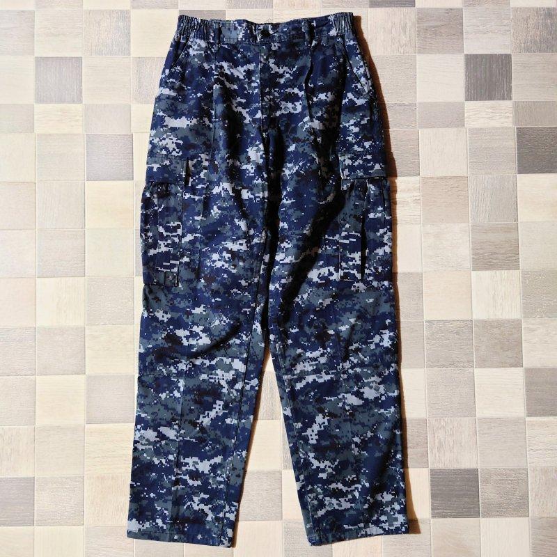 アメリカ軍実物 US NAVY デジカモ カーゴ パンツ (USED)
