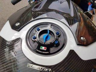 カワサキ Z900 TWM クイック タンクキャップ 3色