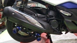 【一部国内在庫あり】ホンダ フォルツァ MF13 GTR マフラースライダー 4色