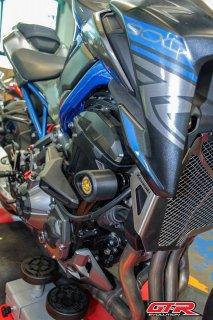 カワサキ Z900 GTR エンジンスライダー エンジンガード 5色